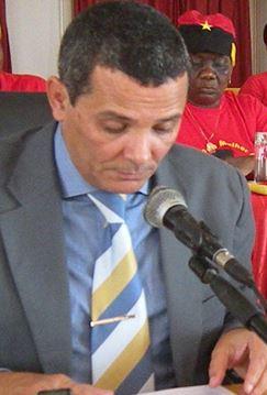 Rui Falcão Governador do Namibe